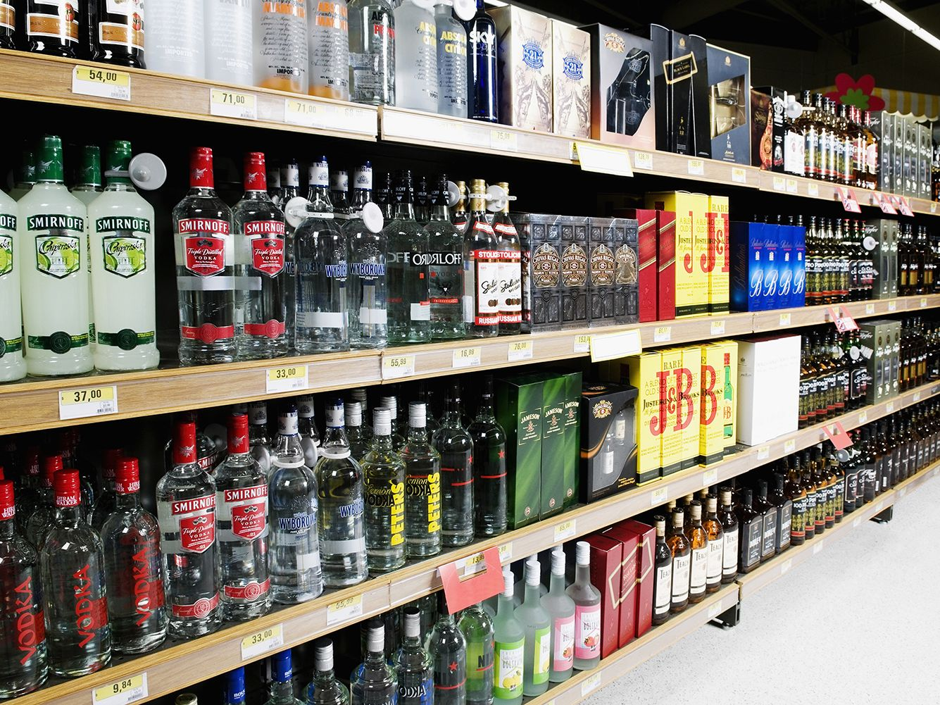 Using a P.I. to identify alcohol license breach